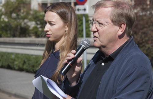 Valeriya Krasovskaya en Leo Mesman met gedicht Neklyaev
